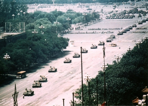 tank man uncropped