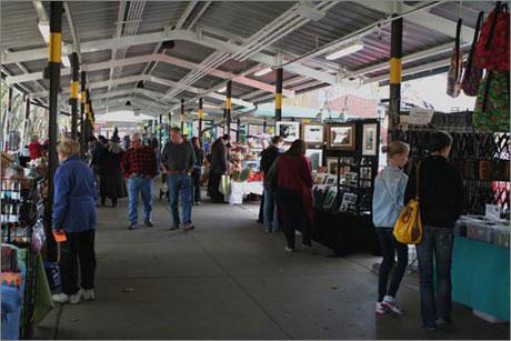 ann-arbor-sunday-artisan-market
